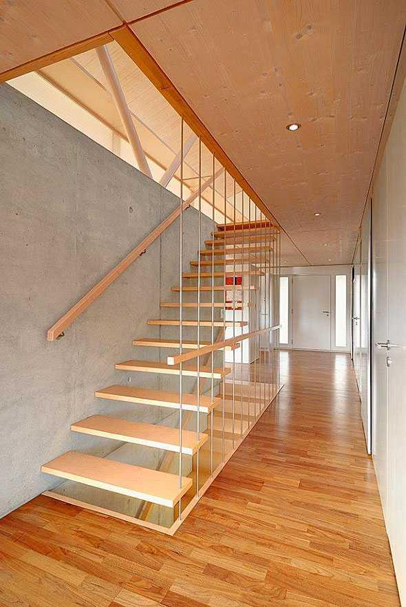 77 treppen f r wohnh user medienservice holzhandwerk. Black Bedroom Furniture Sets. Home Design Ideas